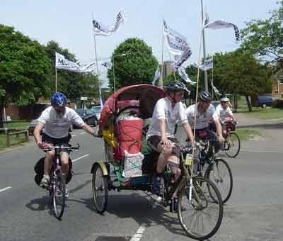 Jubilee Rickshaw Cyclists arrive in Milton Keynes